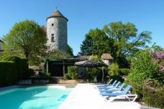 Chateau-de-Sadillac-pool-area-2